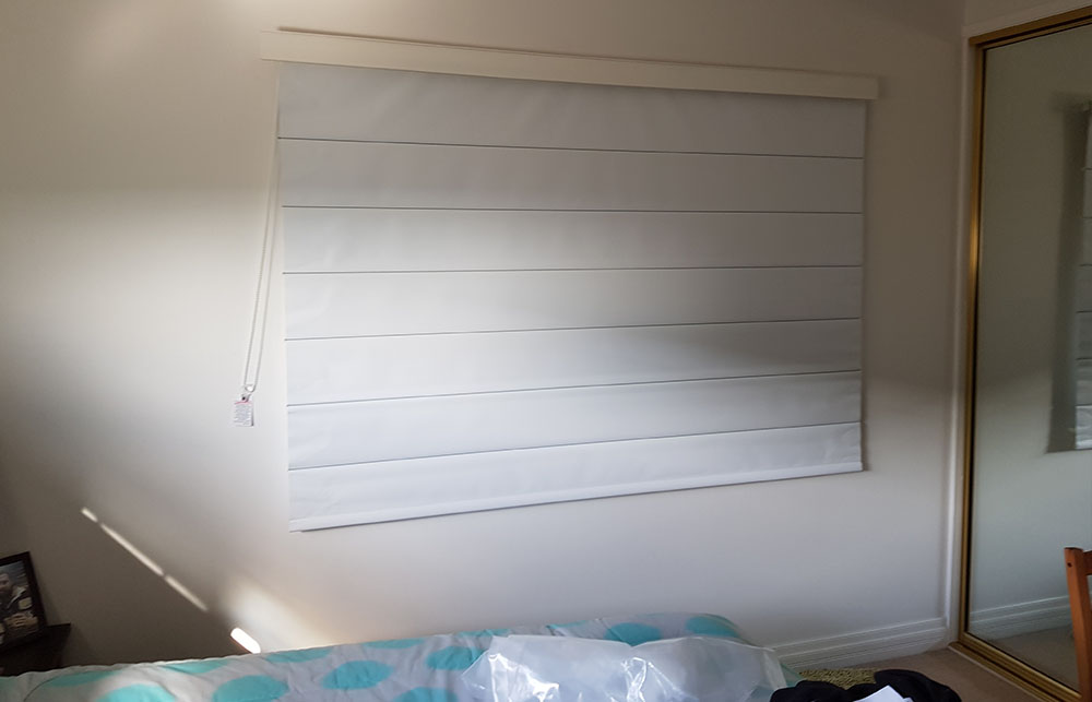 roman blinds brisbane bed 3